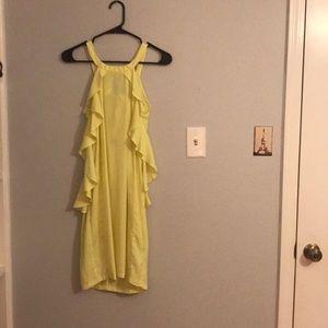 A yellow dress.